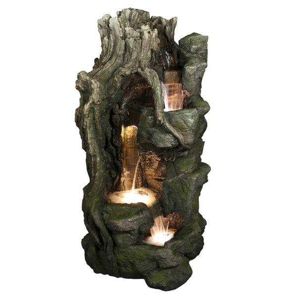 Fontána imitující pařez na kamenech